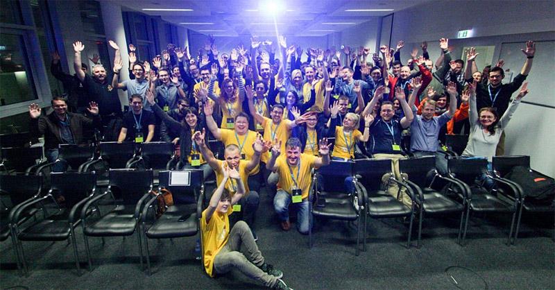 Die Teilnehmer, Organisatoren und Helfer des WordCamp Berlin